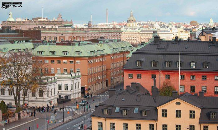 Slottet Tre kronor dari kejauhan
