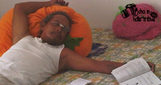 belajar sholat walopun di tidurnya