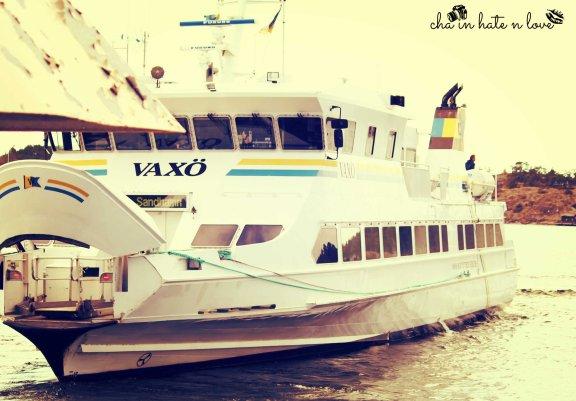 Ferry to Eknö