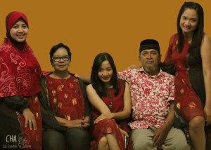 Sisan, Mom, Aggie, Papa, Cha